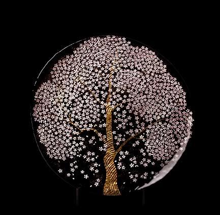 Jinnai Sakata - Very-large-deep-glass-dish-foil-paper-'Man-open-Sakurai'-----95cm diameter