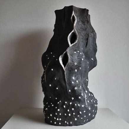 sculpture_artwork_liliya_pobornikova_autumn_2'Autumn-(abstract-Bursting-Ripe-Fruit-Pod-sculpture)'
