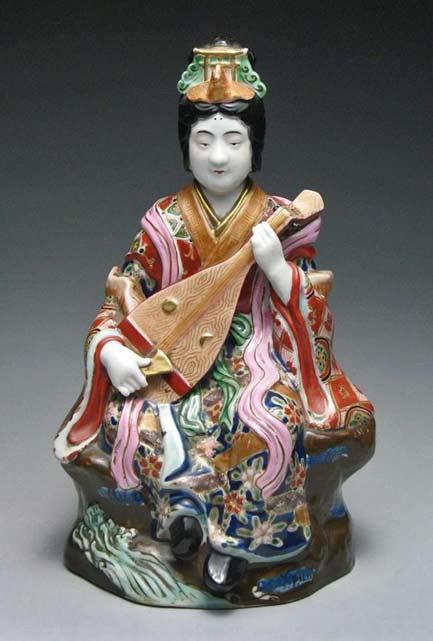 Japanese-Kutani-Japanese-Geisha-Musician-Porcelain-Figure