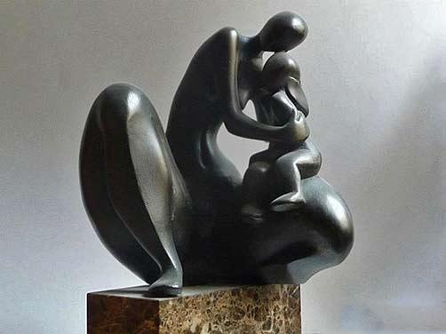 Josep-Sanchez-Carrasco black stone sculpture