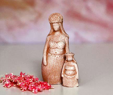 hawaiian figurines mother and child - ,Lindy Lawler