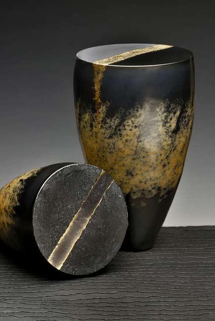 Philippe-Buraud---Terres-sigillées---Sevres 5th Biennial Contemporary ceramics