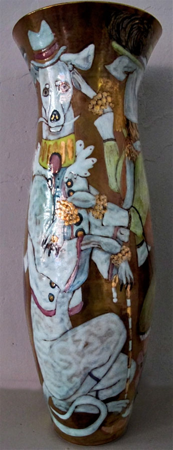 hinrich kroeger porcelain vase with greyhounds motif