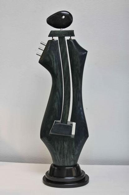 Black Mobile-Sculpture-by-Costello2010-VENTURA
