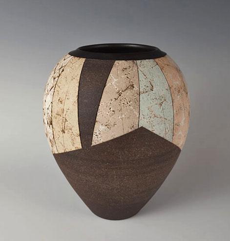 SAIDEIJI-TSUBO by KIKUCHI, Hiroshi painted slip surface