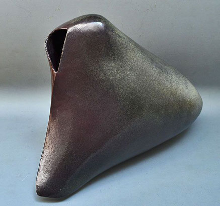 Takiguchi-Kazuo abstract ceramic sculpture