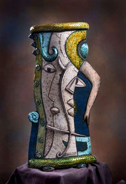 Charmaine-Haines--From-her-French-Experience-Collection-photo-Marie-Clair-DeBourg Abstract cubist vase