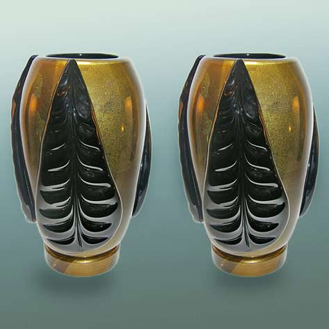pair-of-pino-signoretto-black-and-pure-gold-murano-glass-vases