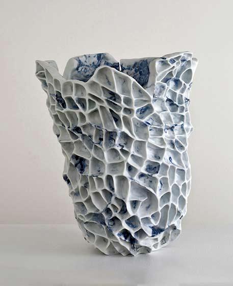 porcelain-vase-by-babs-haenen