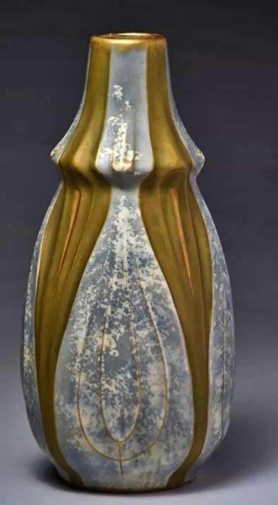 Amphora-Ceramic-Stylized-Vase