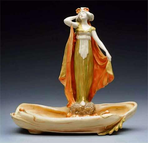 Amphora-Ceramics-Art-Nouveau-Figural-Vide-Poche