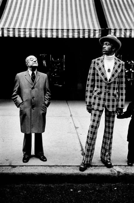 Photographer Bruce-Gilden,-Fifth-Avenue-NY,-1975 Street photo