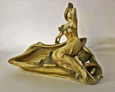 Eduard-Stellmacher-Teplitz-Art-Nouveau-Centerpiece
