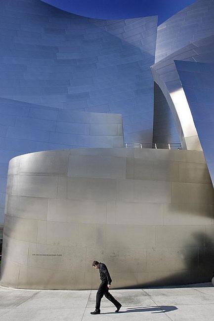 Frank-Gehry Guggenheim Museum, Bilbao, Spain