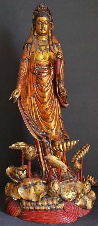 Kuan-Yin----Goddess of compassion standing statue