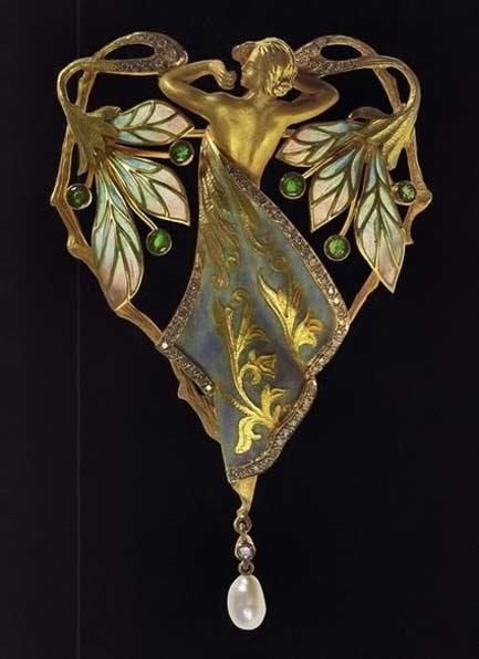 Luis-Masriera,-art-nouveau-brooch