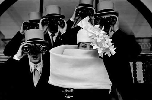Paris,-1958-–-Givenchy-Hat-at-Longchamp-horse-track-Frank-Horvat