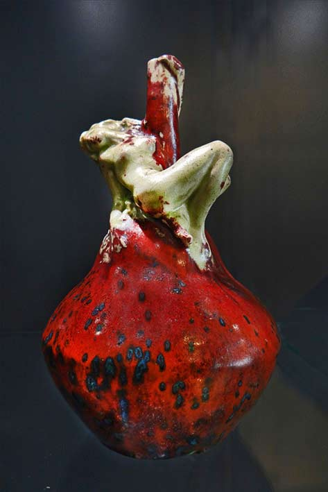 Pierre-Adrien-Dalpayrat-(1844-1910)one-of-the-most-important-representatives-of-art-nouveau-ceramics