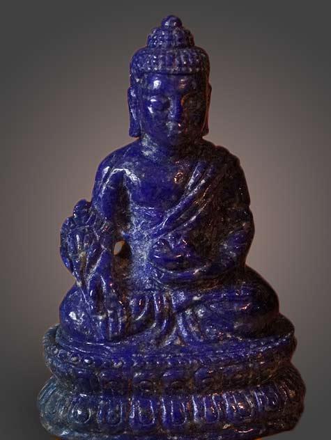 Rare-hand-carved-Lapis-Lazuli--Medicine-Buddha