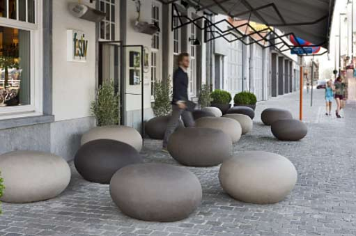 atelier-vierkant-the-clay-pebbles-of-the-k-series-complete-the-settingrestaurant-lux-antwerp-belgium