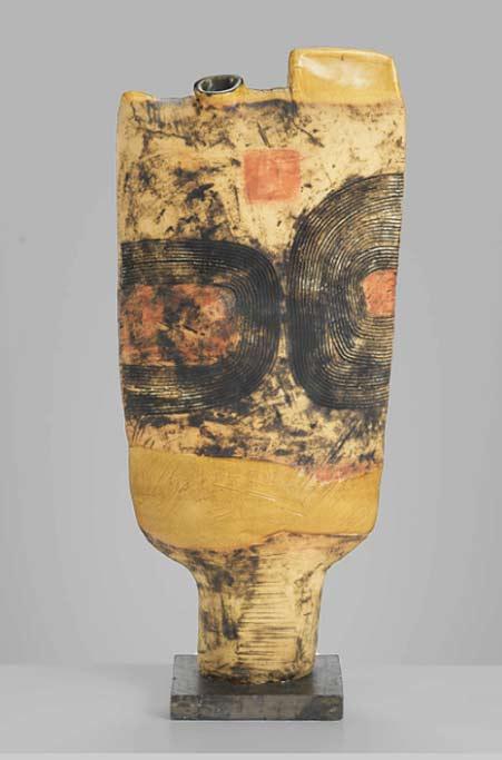 Gordon-Baldwin-GB-0043---International-Ceramics---Erskine-Hall---Coe