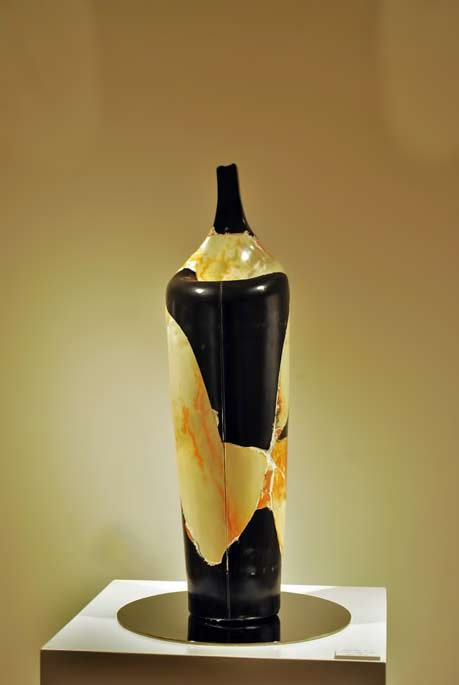 recreations-ceramic-bottle-munemi-yorigami