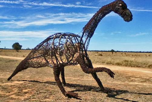 the-sculpture-has-been-nick-named-barb-and-has-been-been-built-by-barcaldine-based-artist-milynda-rogers