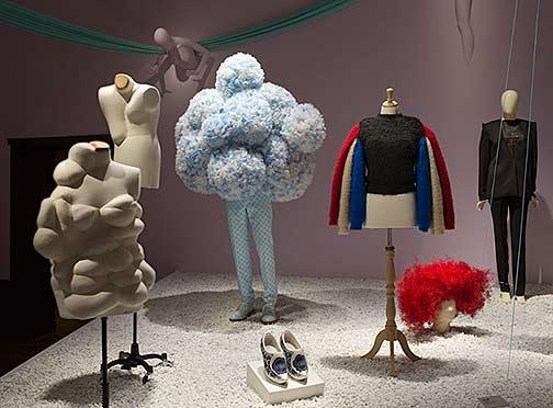 utopian-bodies-installation-shot-of-resitance-beauty-gallery-photo-by-mattias-lindback