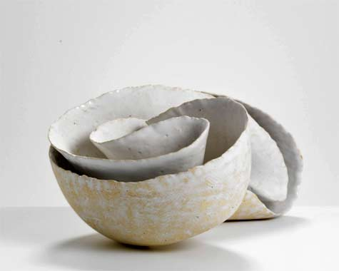Zung-Lung-Tsai-Phototropism-1408,-2014--International-Ceramics---Erskine-Hall---Coe