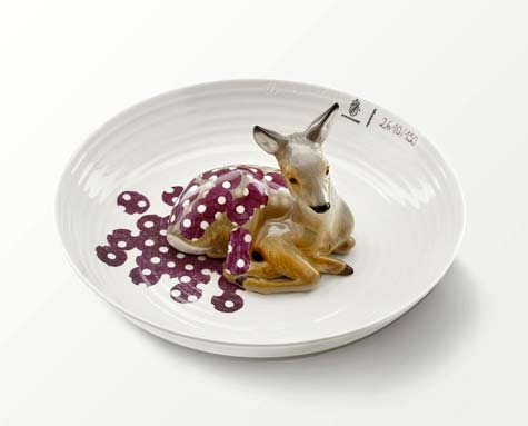 animal-filled-porcelain-bowls-were-meticulously-crafted-by-hand-and-designed-by-hella-jongerius