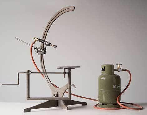 erosion-set-studio-floris-wubben-cor-unum-ceramics-homeware_dezeen_machine