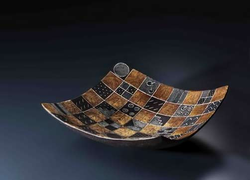 gold-and-silver-aya-angle-platter-Cheiko Yorigami