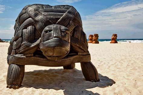 turtle sculpture-sculpture-by-the-sea-bondi-2011
