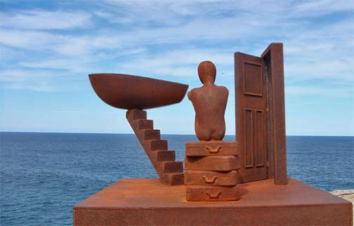 'Taking Leave' by Peter Tiley sculpture at the ocean