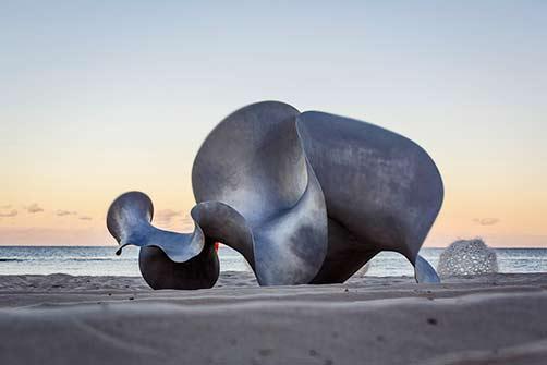 benjamin-storch-undulation-sculpture-by-the-sea-cottesloe-2016 biorphemic metal sculpture