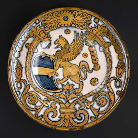 dish-with-coat-of-arms-of-bishop-baglioni-deruta-italy-ca