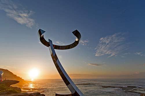koichi-ishino-wind-blowing-sculpture-by-the-sea-bondi-2015