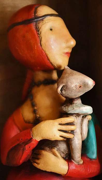 la-dama-con-lermellino-altaluna-paper-mache-or-ceramic
