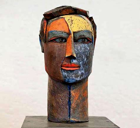 monica-van-den-berg photographer-lisa-hnatowicz --- abstract ceramic head bust