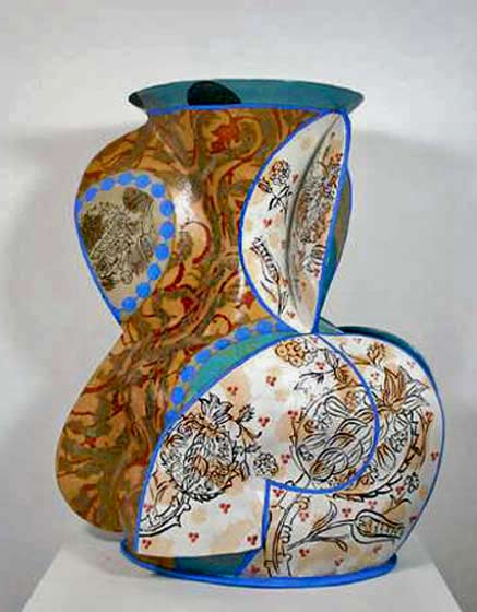 andrea-gill-ceramic vase with patterned surface decoration