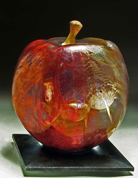 apple-raku-vessel-Steven Forbes-deSoule