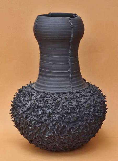cecilia-robinson Black ceramic vase - Cecilia Robinson