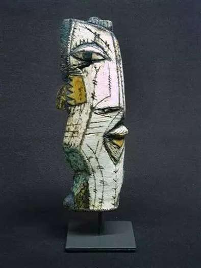 charmaine-haines ceramic haed sculpture