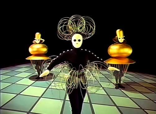 Bauhaus das-Triadische-Ballet
