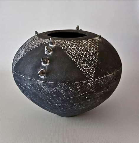 michelle-legg-ceramic-artist-ceramics-southern-africas-ultra-furn-regional-exhibition-2012