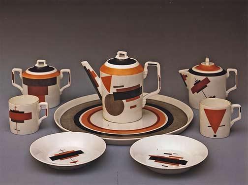 nikolai-suetin-suprematist-plateware