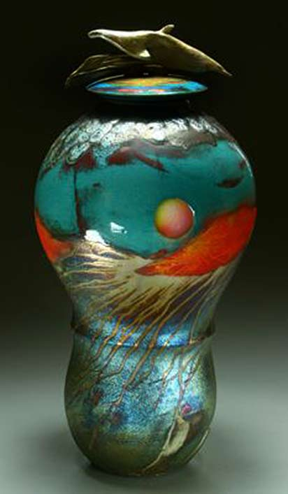 steven-forbes-de-soule lidded ceramic vessel