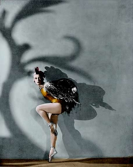 Ballet-Russes---Tatiana-Ryaboushinskaya-as-Golden-Cockerel-in-1938