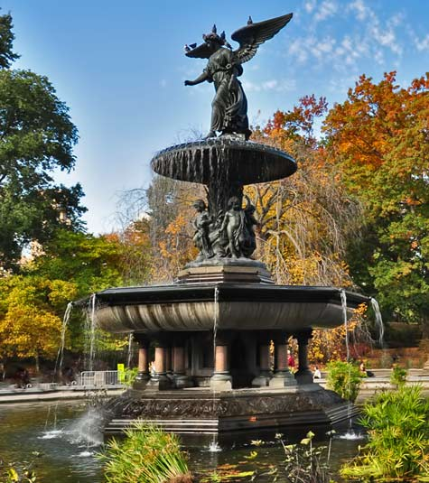 Bethesda-Fountain with an angel sculpture on its top, NY