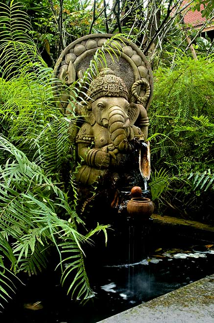 Ganesha,-sculpture-fountain